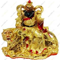 Бог богатства Цай шень (Tsai Shen Yeh) с вазой богатства, сидящий на тигре (17см)